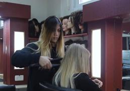 עמל שרונים מגמת עיצוב שיער